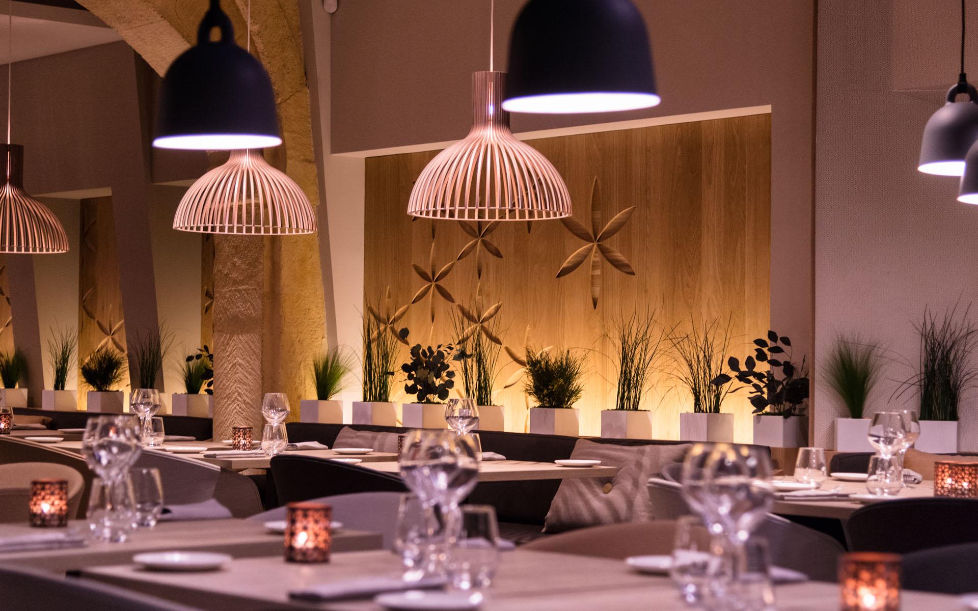 intérieur du restaurant coté cour à aix en provence 2