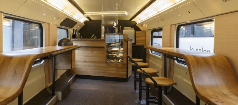 On a aimé : Un Starbucks à l'intérieur d'un train Suisse